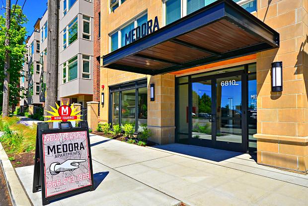 Medora - 6810 Roosevelt Way NE, Seattle, WA 98115