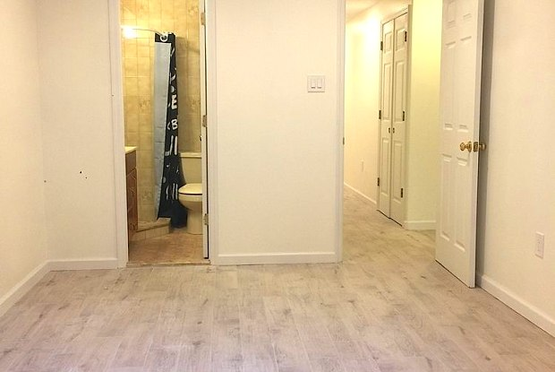 223 Scholes Street - Ground, Ground Floor - 223 Scholes Street, Brooklyn, NY 11206