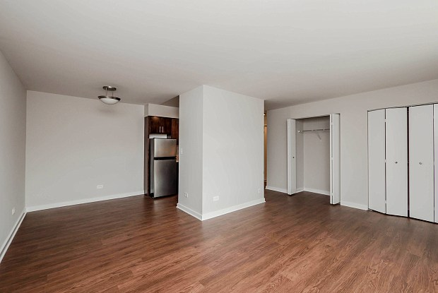 Reside 707 - 707 W Sheridan Rd, Chicago, IL 60613