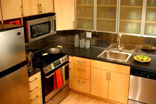 Korman Residential At International City Mews & Villas - 7900 Lindbergh Blvd, Philadelphia, PA 19153