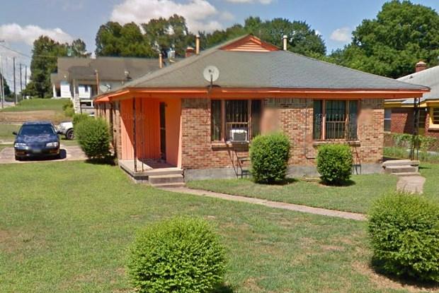 8 East McKellar Avenue - 8 East Mckellar Avenue, Memphis, TN 38109