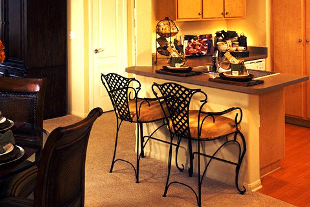 Avalon Camarillo - 1571 Flynn Rd, Camarillo, CA 93012
