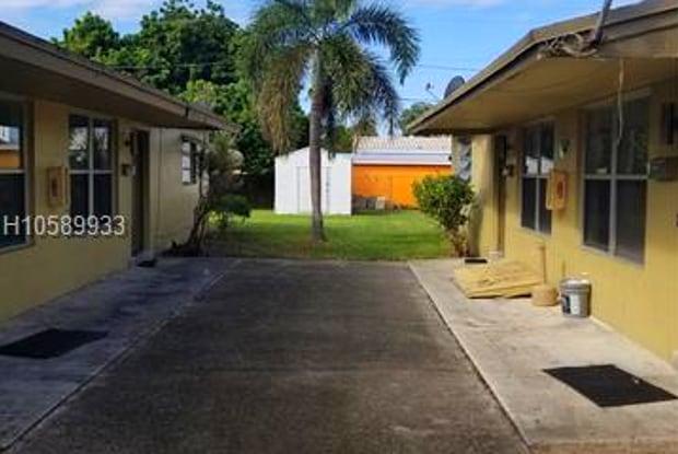 37 NE 2nd Ave - 37 Northeast 2nd Avenue, Dania Beach, FL 33004