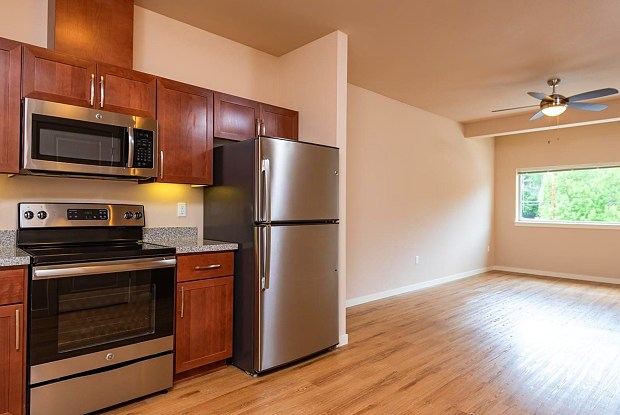 56 Commons - 4925 SW 56th Ave, Portland, OR 97221