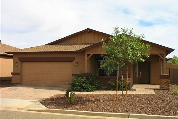 475 N Mercado Street - 475 North Mercado Street, Prescott Valley, AZ 86327