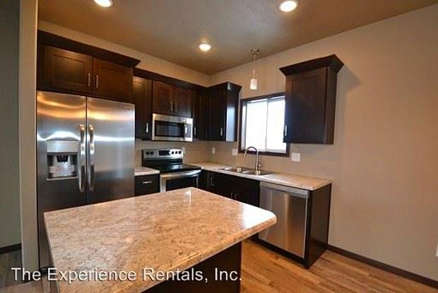 1113 N. Mossy Oak Avenue - 1113 North Mossy Oak Avenue, Sioux Falls, SD 57103