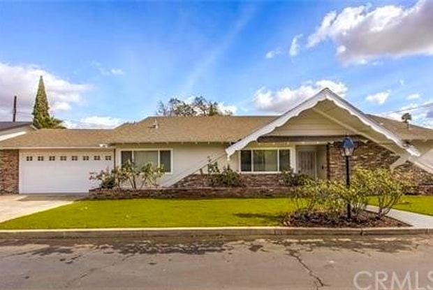 1019 E Walnut Avenue - 1019 East Walnut Avenue, Orange, CA 92867