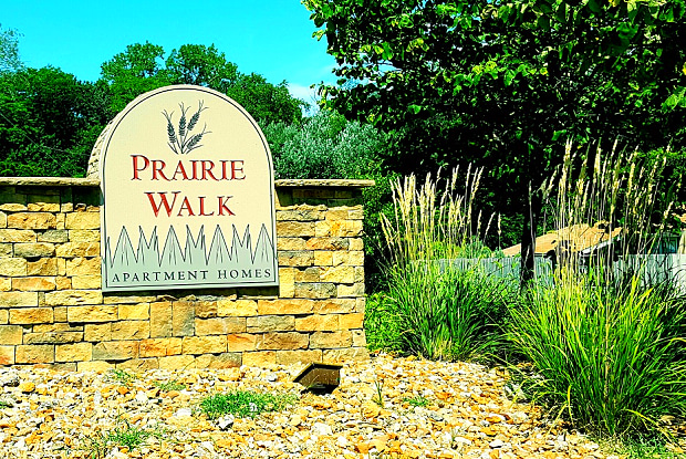 Prairie Walk Apartment Homes - 11026 College Ln, Kansas City, MO 64137