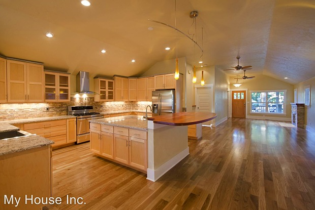 129 N Sherwood Street - 129 North Sherwood Street, Fort Collins, CO 80521