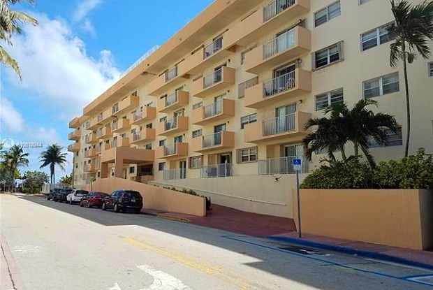 4141 Collins Ave - 4141 Collins Avenue, Miami Beach, FL 33140