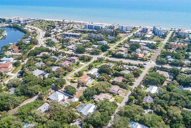 606 Conn Way - 606 Conn Way, Vero Beach, FL 32963