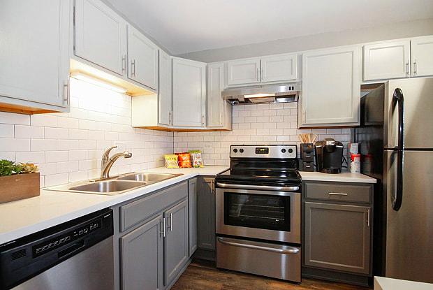 The Hinsdale Apartment Homes - 301 W 59th St, Burr Ridge, IL 60527