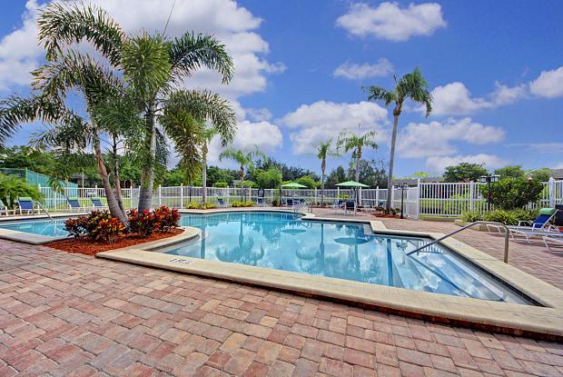 Runaway Bay - 4701 88th Ave N, Pinellas Park, FL 33782