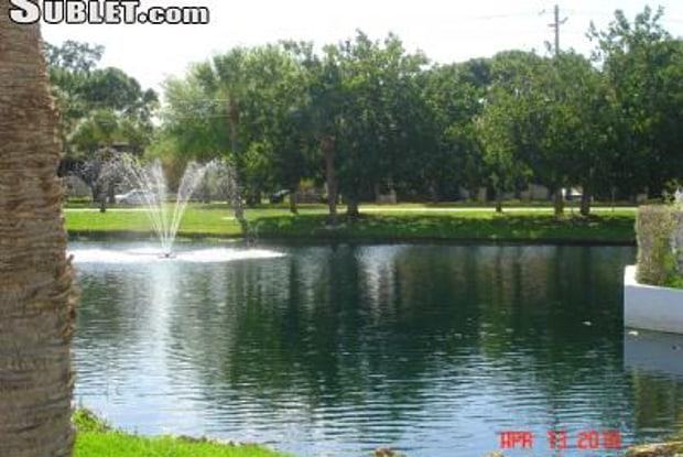 924 Capri Isles Blvd - 924 Capri Isles Boulevard, Venice, FL 34292