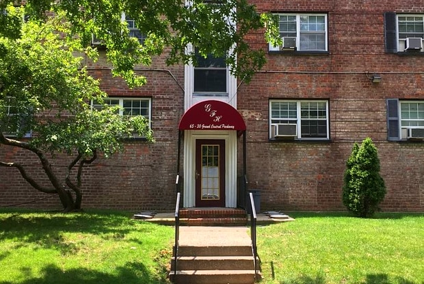 65-30 Grand Central Pkwy Apt #2A - 65-30 Grand Central Parkway Sr South, Queens, NY 11375