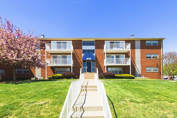Westgate Apartments & Townhomes - 8025 Ashland Ave, Manassas, VA 20109