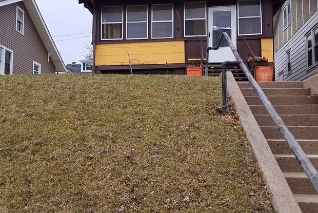 4335 LEAVENWORTH ST - 4335 Leavenworth Street, Omaha, NE 68105