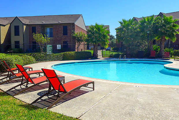 Captain's Landing - 3102 69th St, Galveston, TX 77551