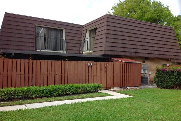 7007 70th Way - 7007 70th Way, West Palm Beach, FL 33407
