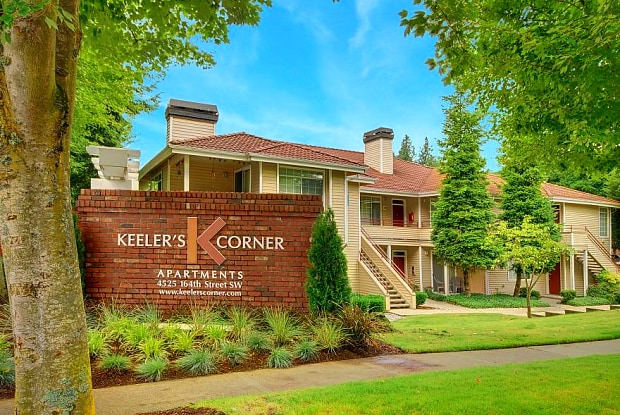 Keelers Corner - 4525 164th St SW, North Lynnwood, WA 98087