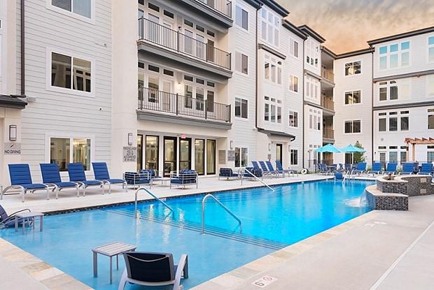 The Denton - 5951 NW 63rd Terrace, Kansas City, MO 64151