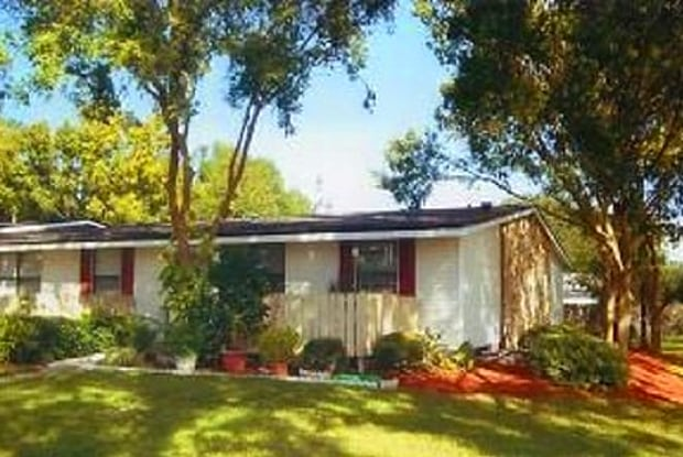 Mount Dora - 3001 Northland Rd, Mount Dora, FL 32757