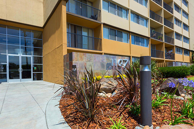 Avenue Two - 1107 2nd Ave, Redwood City, CA 94063