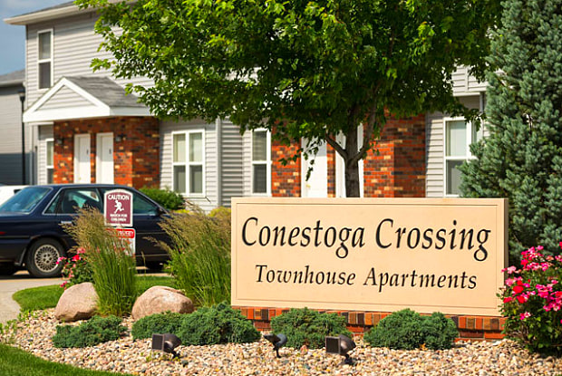 Conestoga Crossing - 818 Michael St, Fremont, NE 68025