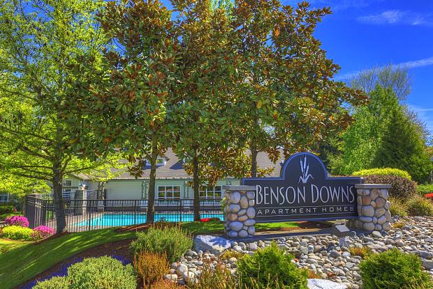 Benson Downs - 11100 SE Petrovitsky Rd, Renton, WA 98055