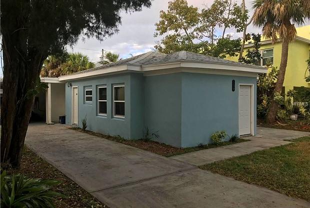 108 14TH AVENUE - 108 14th Ave, Indian Rocks Beach, FL 33785