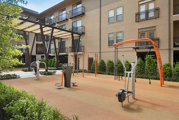 Legacy Village Apartment Homes - 7001 Parkwood Blvd, Plano, TX 75024