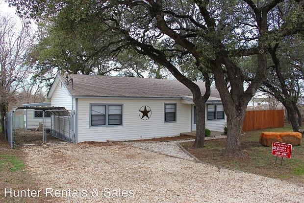 303 N 7th St - 303 N 7th St, Nolanville, TX 76559