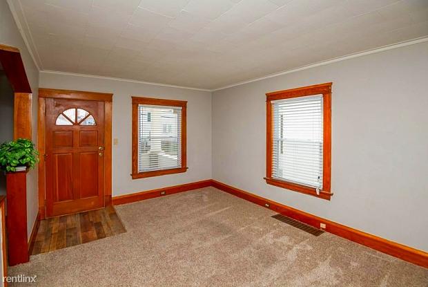 2012 Fergus Ave - 2012 Fergus Avenue, Cleveland, OH 44109