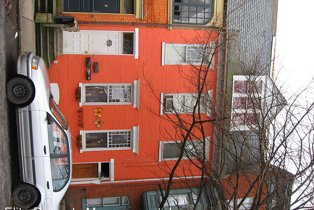 252 E. King St., Apt. 1 - 252 East King Street, York, PA 17403