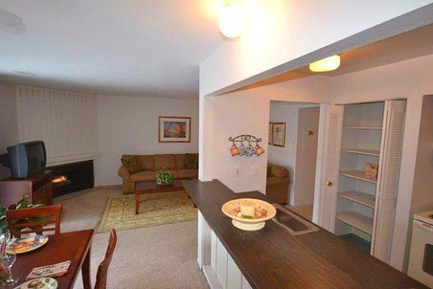 Woodcrest Apartments - 8300 Woodcrest Dr, Westland, MI 48185