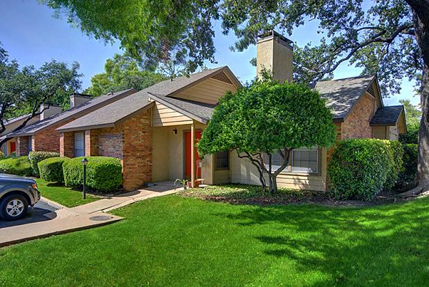 Preston Villas - 17601 Preston Rd, Dallas, TX 75252