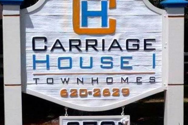 Carriage House Apartments - 2701 NE 7th St, Ocala, FL 34470