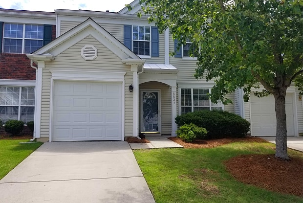 6623 Beverly Springs Drive - 6623 Beverly Springs Drive, Charlotte, NC 28270