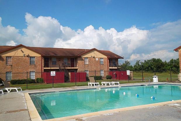 Mont Belvieu - 9407 N Highway 146, Baytown, TX 77523