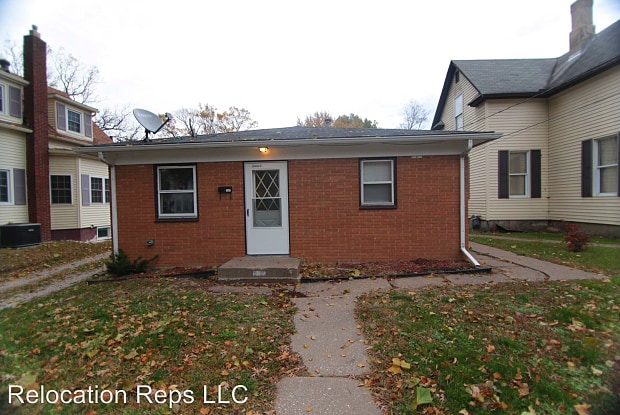 1107 26th St. - 1107 26th Street, Rock Island, IL 61201
