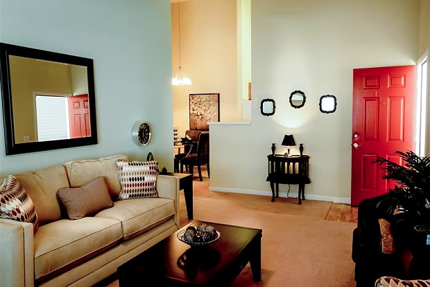 Lenoxplace at Garner Station - 1100 Lenoxplace Cir, Raleigh, NC 27603