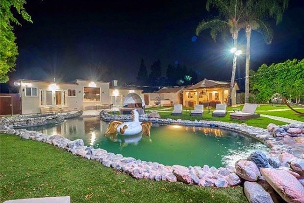 5835 Topeka Drive - 5835 Topeka Drive, Los Angeles, CA 91356