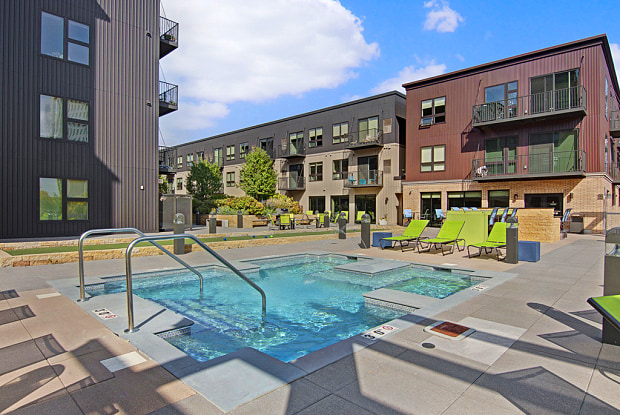 222 Hennepin Apartments - 222 Hennepin Ave, Minneapolis, MN 55401