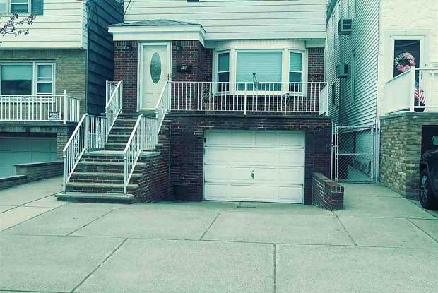 19 AVENUE C - 19 Avenue C, Bayonne, NJ 07002