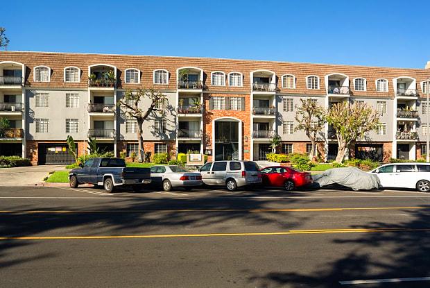 Lennox - 269 S La Fayette Park Pl, Los Angeles, CA 90057