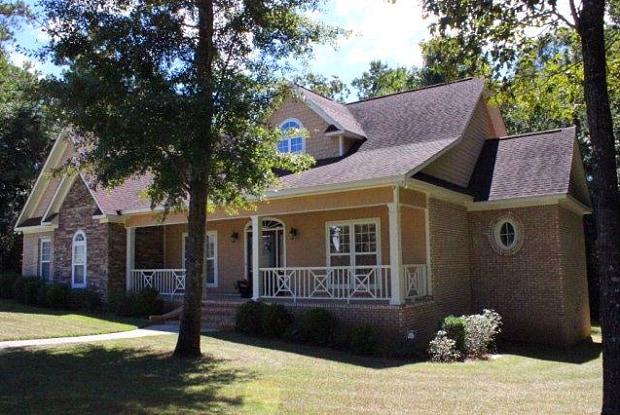 104 Glen Oaks Dr. - 104 Glen Oaks Drive, Dothan, AL 36301