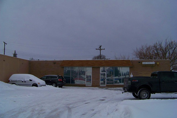 28431 Utica - 28431 Utica Road, Roseville, MI 48066