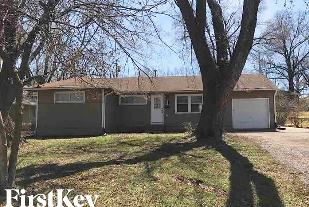 8605 East 114th Street - 8605 East 114th Street, Kansas City, MO 64134