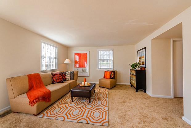 Longview Apartments - 13723 Lynn St, Woodbridge, VA 22191