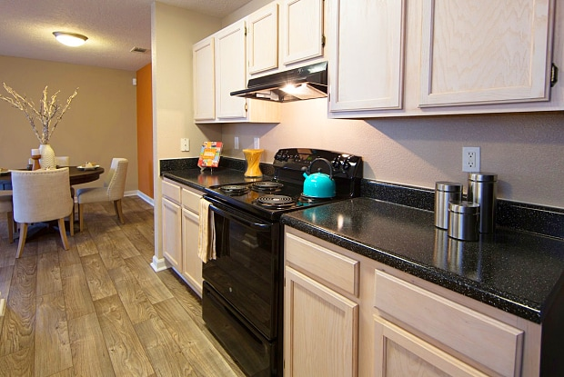 Southpoint Crossing - 1800 Southpoint Crossing Dr, Durham, NC 27713